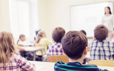 7 Trik Agar Murid Tetap Mendengarkan di Kelas